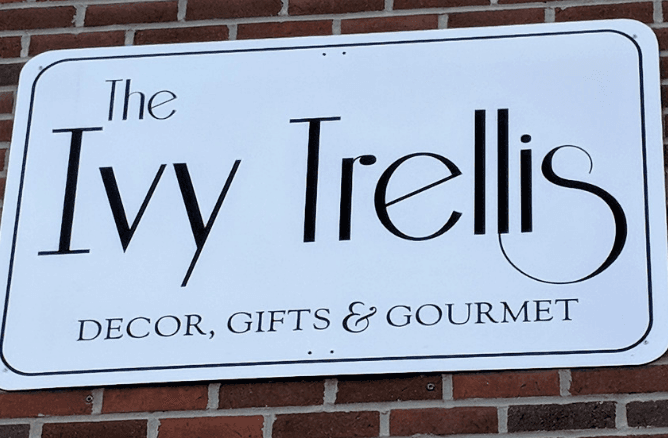The Ivy Trellis sign